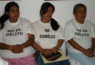En Chiapas impiden a evangélicos celebrar actividades religiosas