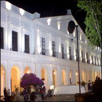 palacio_municipal_de_la_capital_en_chiapas_280109