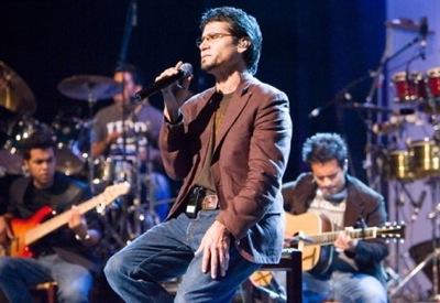 Jesús Adrián Romero ofreció un gran concierto en el Auditorio Nacional