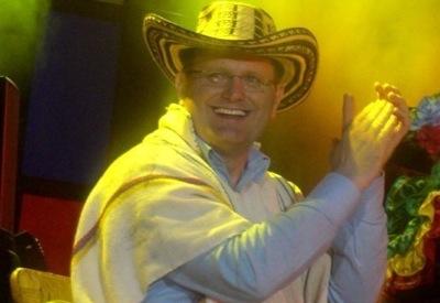 Marcos Witt recibe 'las llaves de la ciudad' de Valledupar
