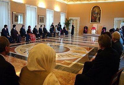 Lideres religiosos se reúnen en el Vaticano para mejorar sus relaciones