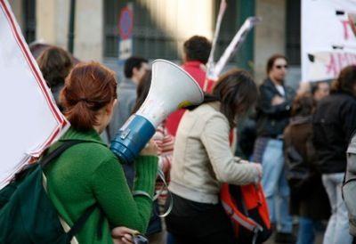 Convocan marcha contra las clínicas abortistas en España