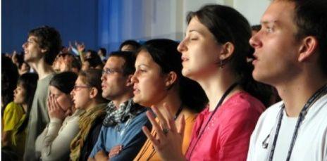 Presencia de mujeres en la iglesia está disminuyendo