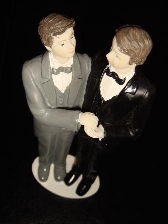 Idaho: Pastores enfrentarán cárcel, y miles de $ en multas por negarse a oficiar bodas gay