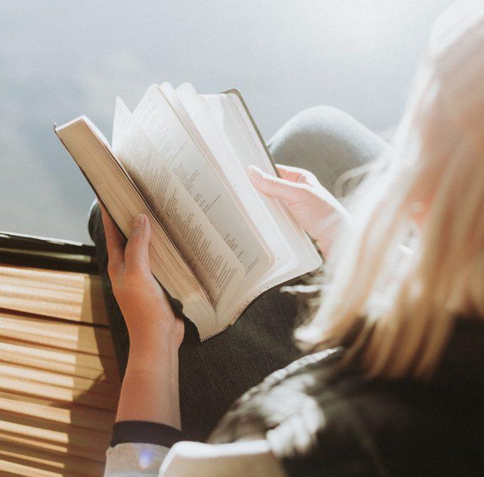 ¿Por dónde comenzar a estudiar la Biblia?