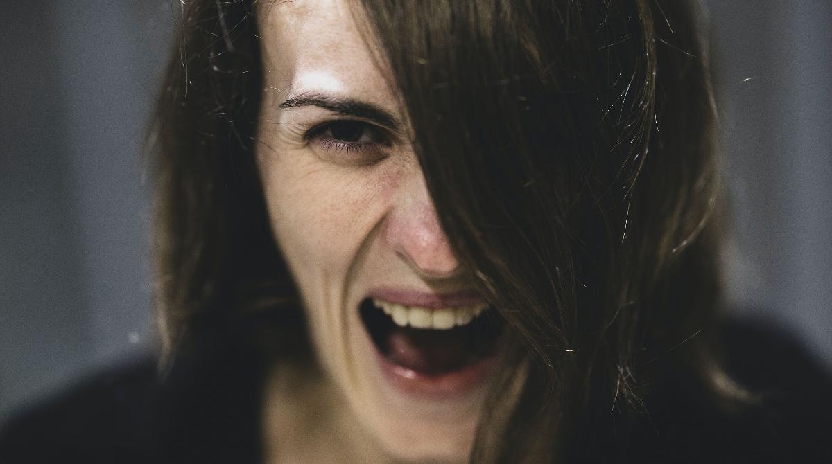 ¿Puedes controlarte cuando te ofenden?